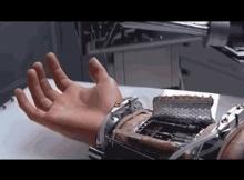 [VIDEO] Luke Skywalker's Hand A Reality