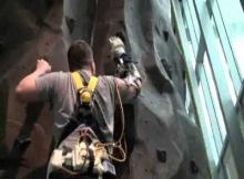 [VIDEO] Prosthetic Arm Brings Hope